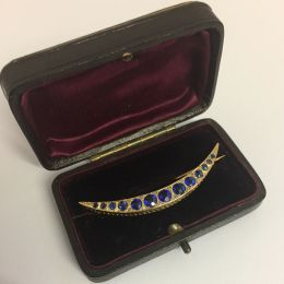 Crescent Brooch - 9ct gold and Sapphires