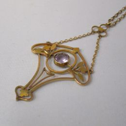 Necklace 9ct Gold - Amethyst Lavalerie