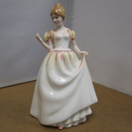 Royal Doulton Figure 'Gift of Love' HN3427