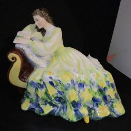 Royal Doulton  'Solitude'  HN2810