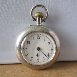 Silver Ladies Pocket Watch London 1909