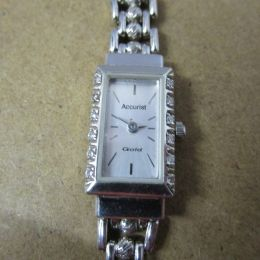 Art Deco 9ct Gold Watch - Accurist