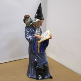 Royal Doulton Figure 'The Wizard'   HN2877