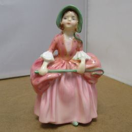 Royal Doulton Figure  'Bo Peep'  HN1811