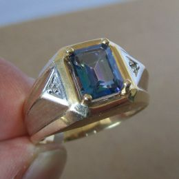 Gents Ring 9ct Gold - Blue Topaz and Diamonds