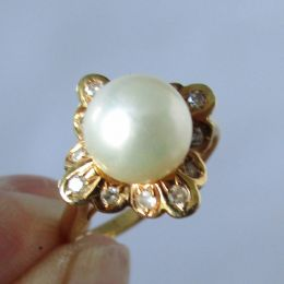 Ring 14ct Gold - Diamond & Pearl