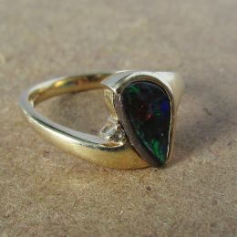 Ring 14ct Gold - Black Opal