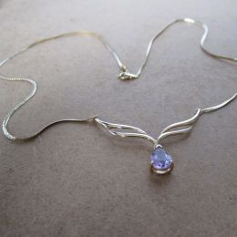 Necklace 9ct Gold Amethyst