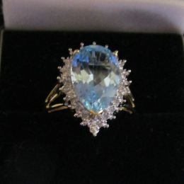 Ring - 9ct gold, Blue Topaz and Diamonds