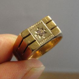 Gents 9ct Gold & Diamond Ring